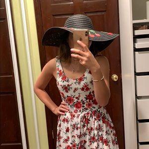 🆕Floppy cherry hat - so cute